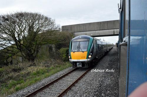 Irish Rail 22 132 Passing The IRRS Tour At Ballyhale Loop.