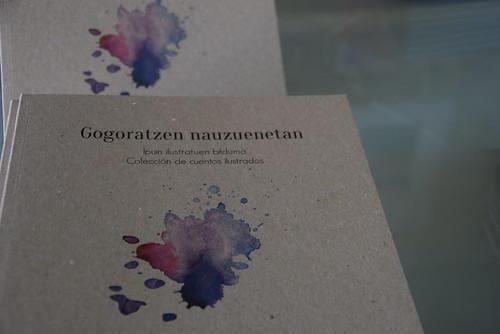 Gogoratzen nauzuenetan liburua aurkeztu du Txingudi anti sexistak