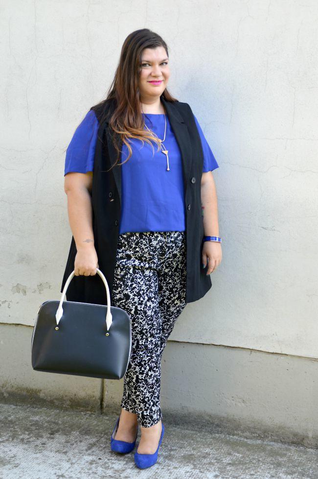 Outfit blu, nero e bianco (7)