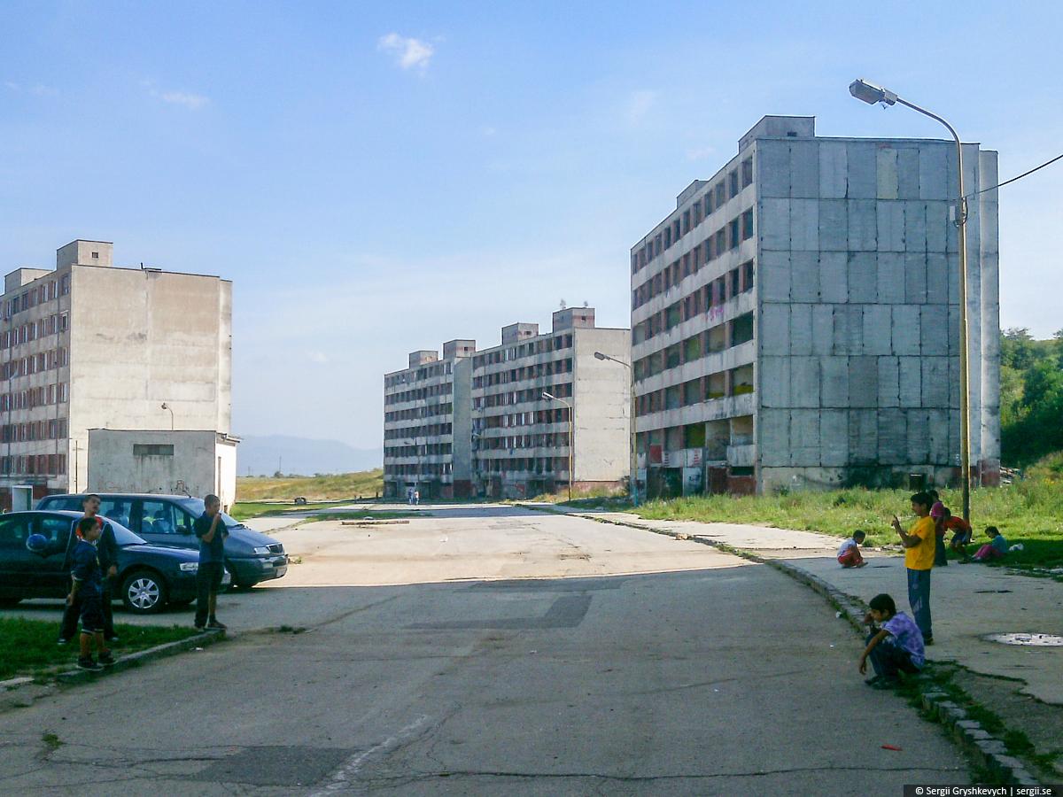 Kosice_Gypsy_Ghetto_Lunik_IX-11