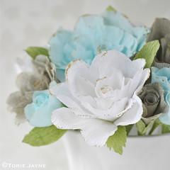 DIY Crepe paper roses 2