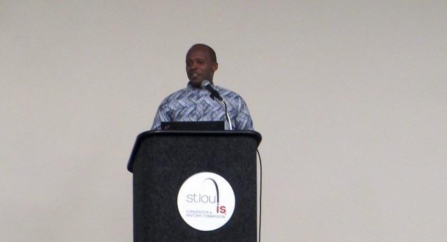 Emmanuel Bagumako Speaks on Racial Reconciliation at Urbana 2015