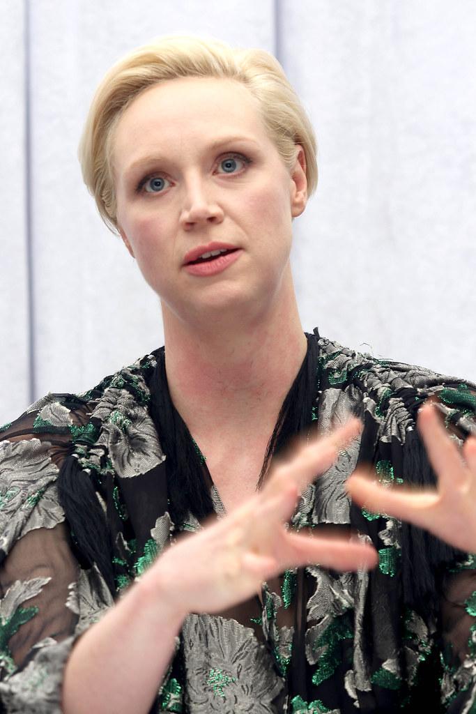 Гвендолин Кристи — Пресс-конференция «Звёздные войны» 2015 – 7