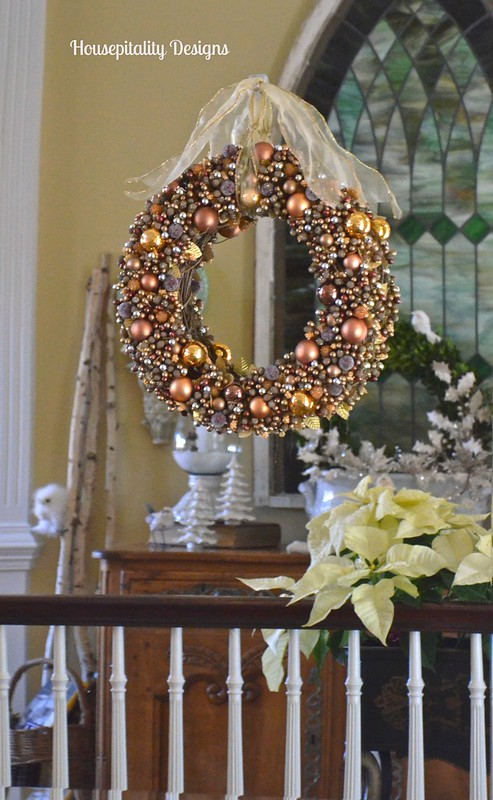 Ornament wreath on mirror - Housepitality Designs