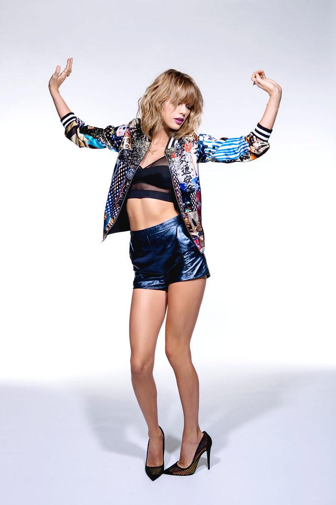 Тейлор Свифт — Фотосессия для «NME» 2015 – 6