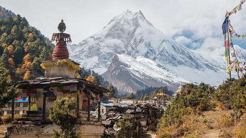 nepal mountain stupa buddhism himalaya lho gompa manaslu westernregion manaslucircuit mountainkingdoms 8156m
