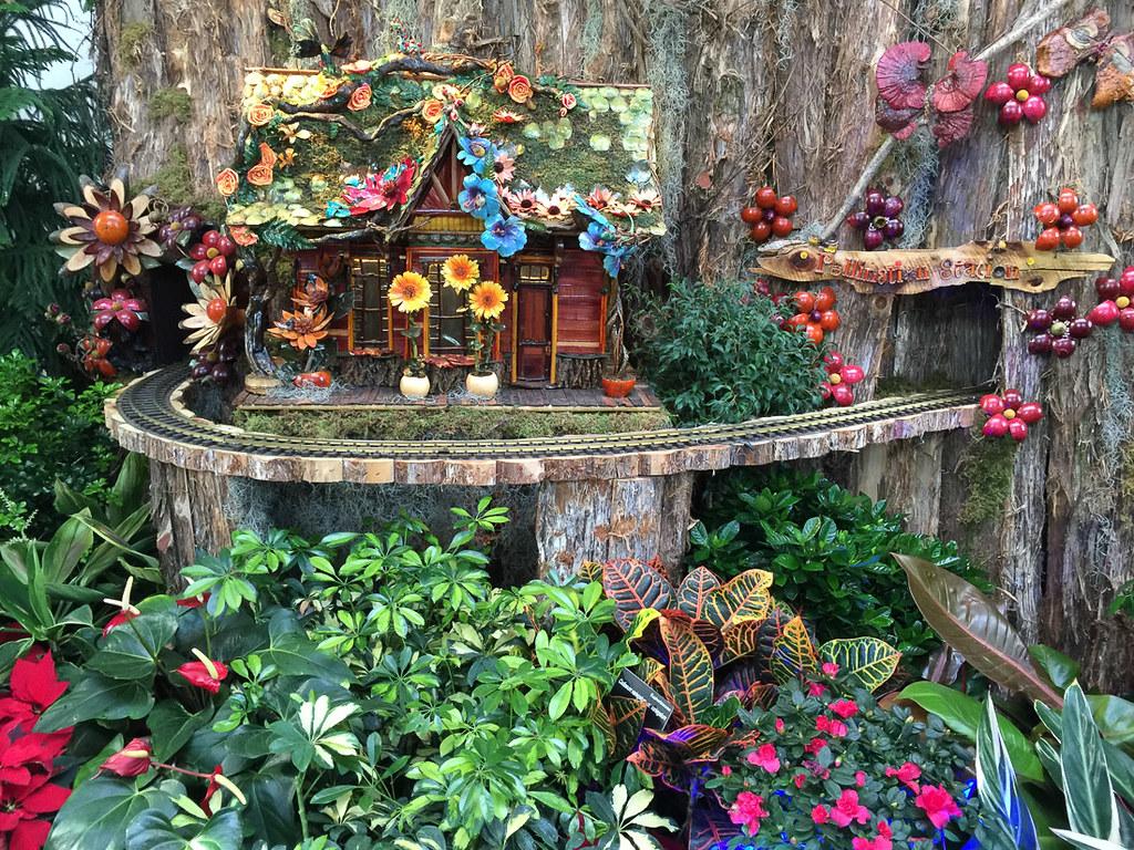 A very dc christmas super nova adventures for Botanical gardens dc christmas