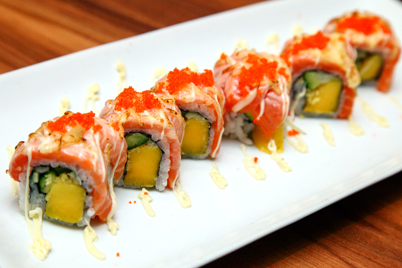 Hiro Zen Salmon Cheese Maki