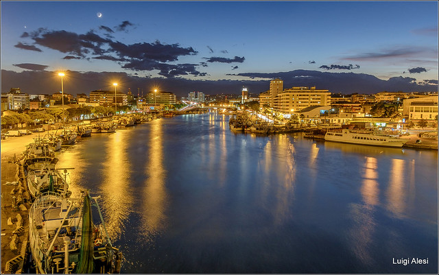 Pescara by night, Fujifilm X-M1, XC16-50mmF3.5-5.6 OIS
