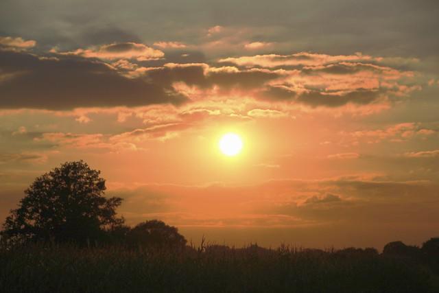 Sunset, Canon EOS 1300D, Tamron AF 18-270mm f/3.5-6.3 Di II VC PZD