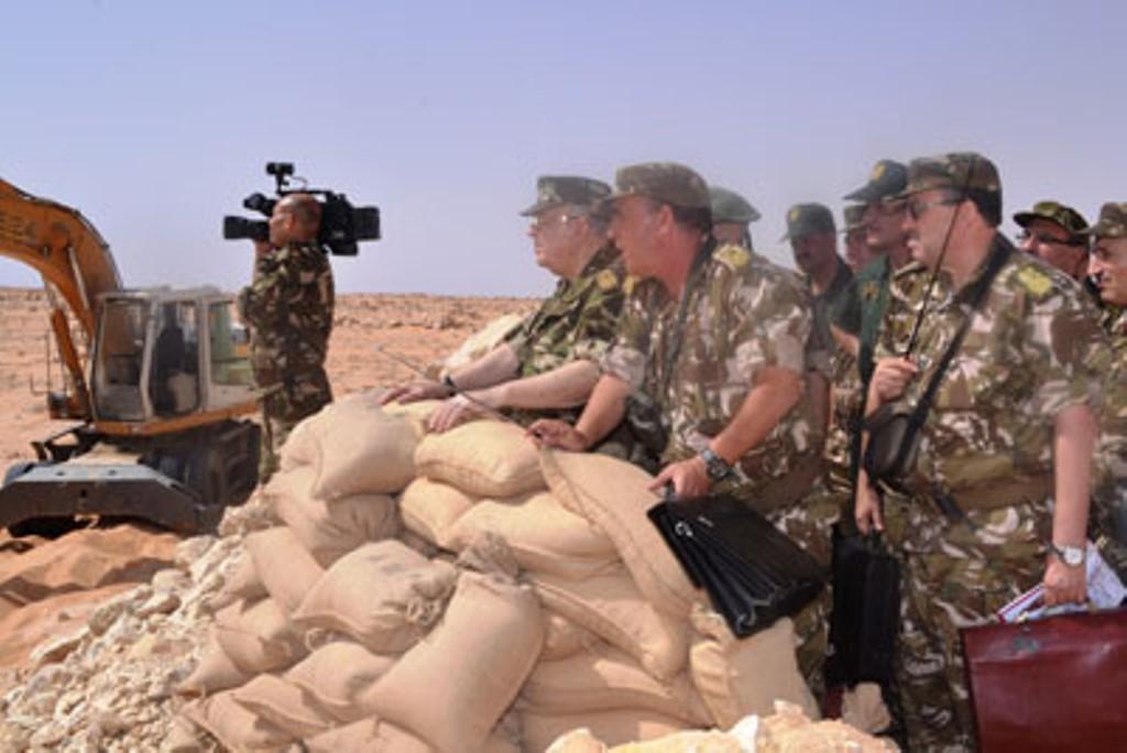 الجزائر : صلاحيات نائب وزير الدفاع الوطني - صفحة 4 30739920516_a5282c1449_o