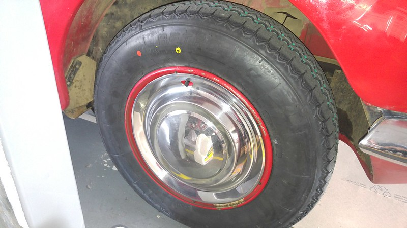 New tyres for the 250SE and the DS