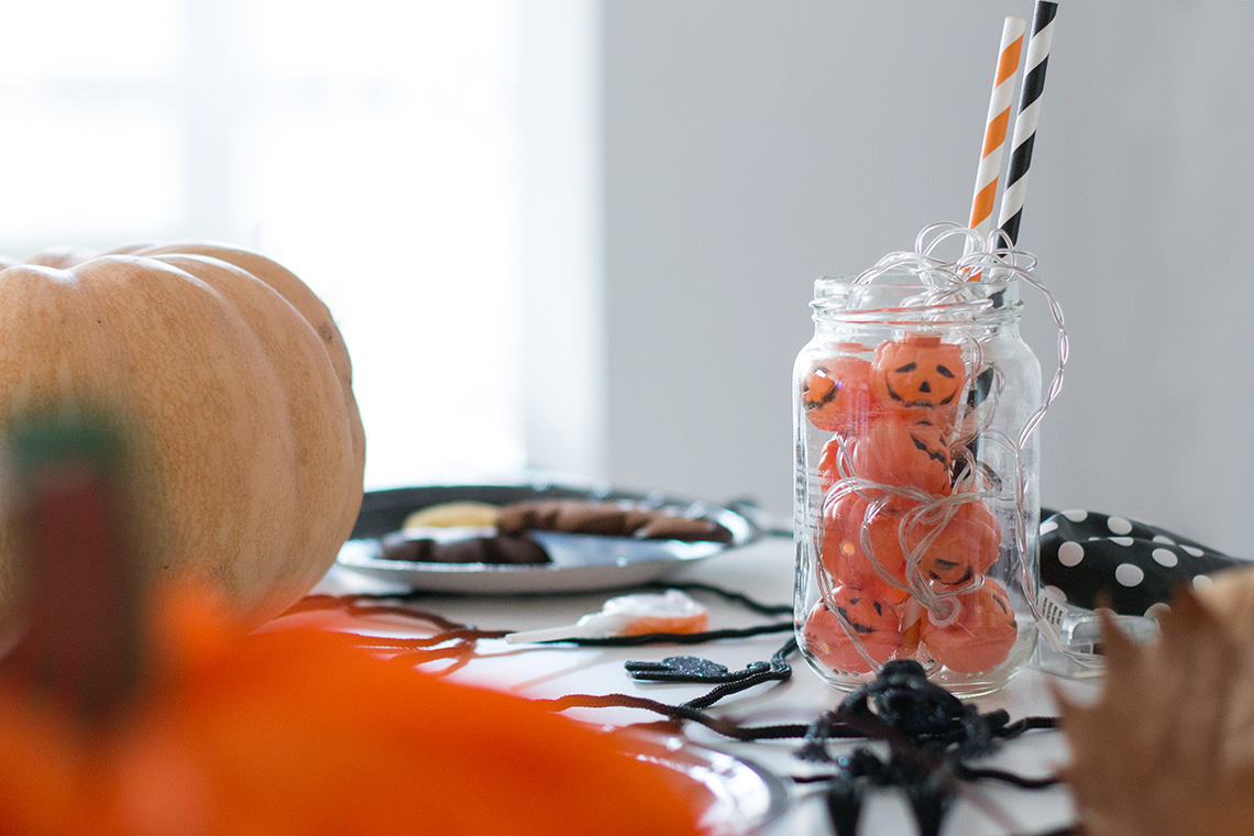 la tavola di halloween dressing&toppings