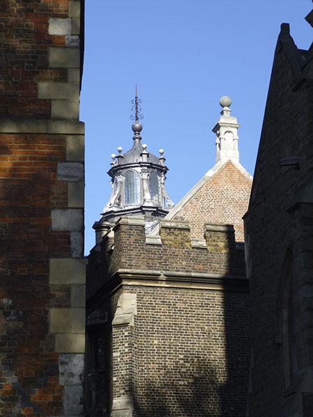 derrière lambeth Palace