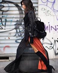Awesome 🔝 #model #girl #instagood #style #fashionblogger #fashionista #streetstyle #blogger #streetlook #streetfashion #instafashion #qdzone #qdresscode #fashion #fashiongram #instaday #streetphotography #streetcool #instacool #styleblogger #lif