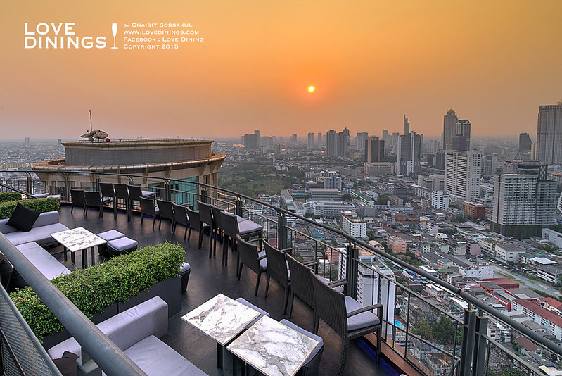 Zoom at Sathorn Sky Bar & Restaurant Rooftop Bar Bangkok รูฟท็อปกรุงเทพ_05