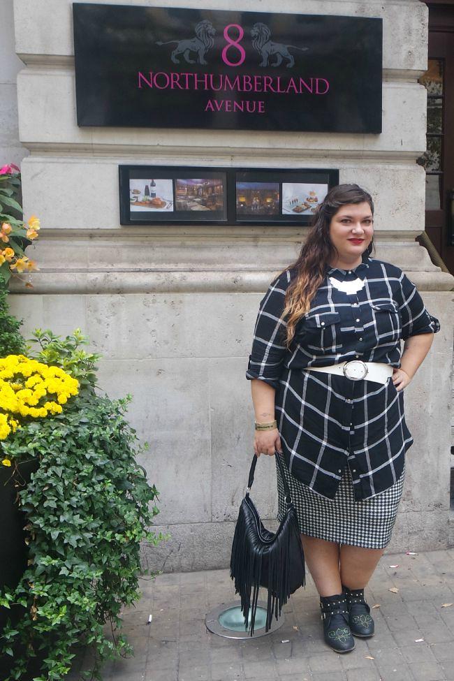 Outfit bianco e nero (5)