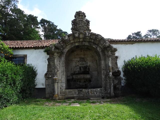 Fuente de la Coca en el Pazo de Santa Cruz de Rivadulla