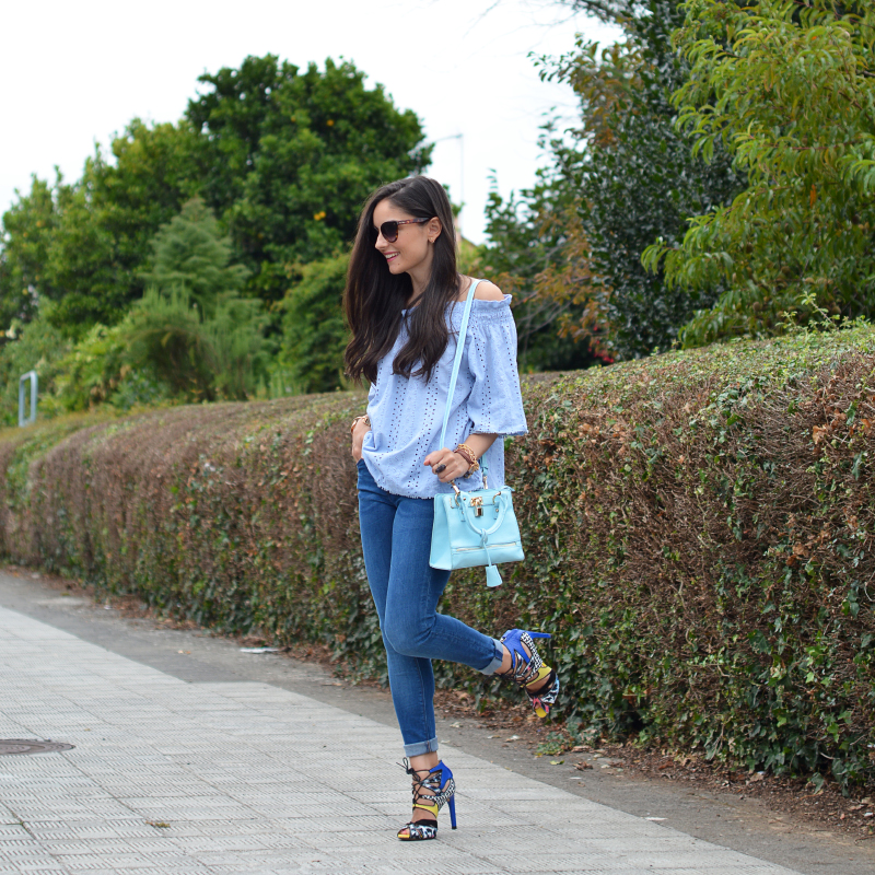 zara_chicwish_ootd_outfit_jeans_offtheshoulder_04
