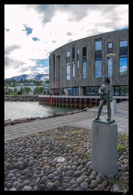 Escultura el pescador