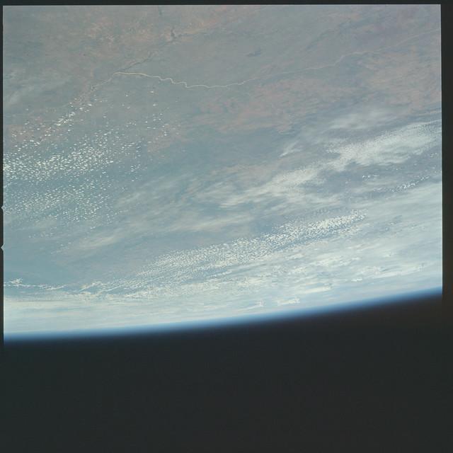 AS17-148-22641