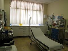 operating theater(0.0), hospital(1.0), furniture(1.0), room(1.0), interior design(1.0),