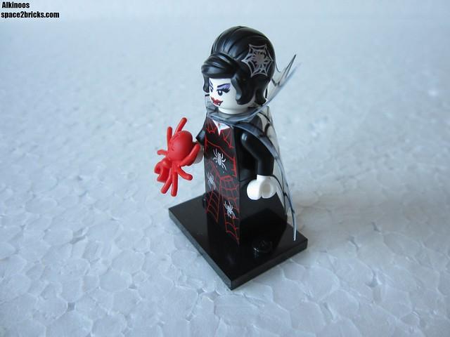 Lego Minifigures S14 femme vampire p2