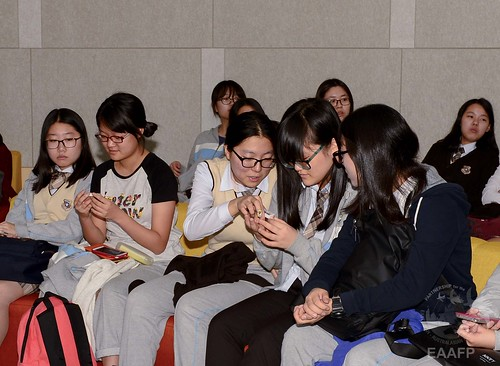 Haesong high school students visit G-Tower