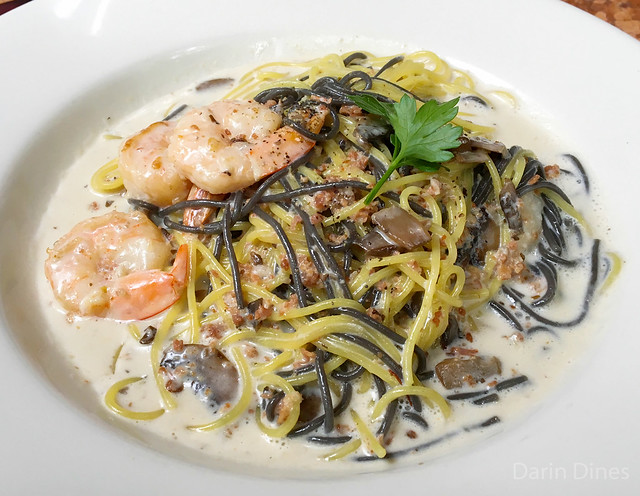 ... pasta thin vermicelli, shrimp, mushroom & roasted pancetta in a creamy