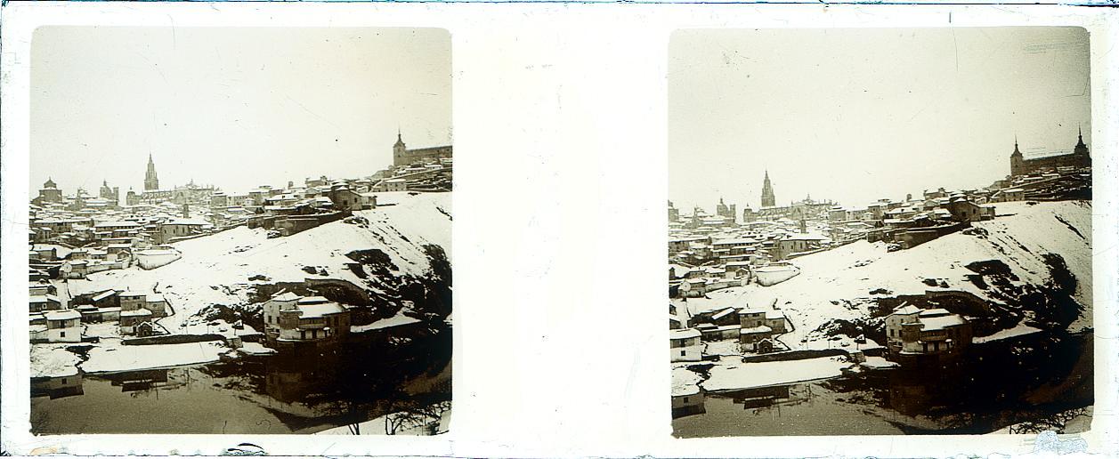 Toledo nevado hacia 1910. Fotografía de Arturo Cerdá y Rico © Centro de Estudios Giennenses, Diputación de Jaén