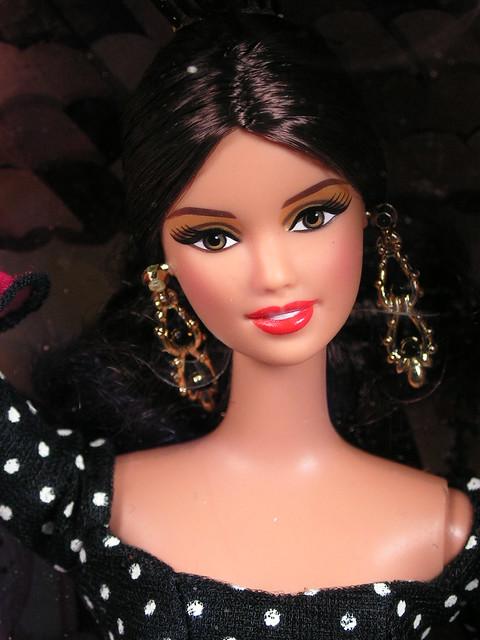 2012 Barbie Dolls Of The World Spain X8421 (1)