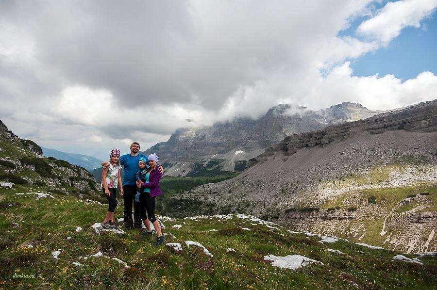Tuenno, Trentino, Trentino-Alto Adige, Italy, 0.001 sec (1/800), f/8.0, 2016:07:01 11:06:42+00:00, 11.5 mm, 10.0-20.0 mm f/4.0-5.6