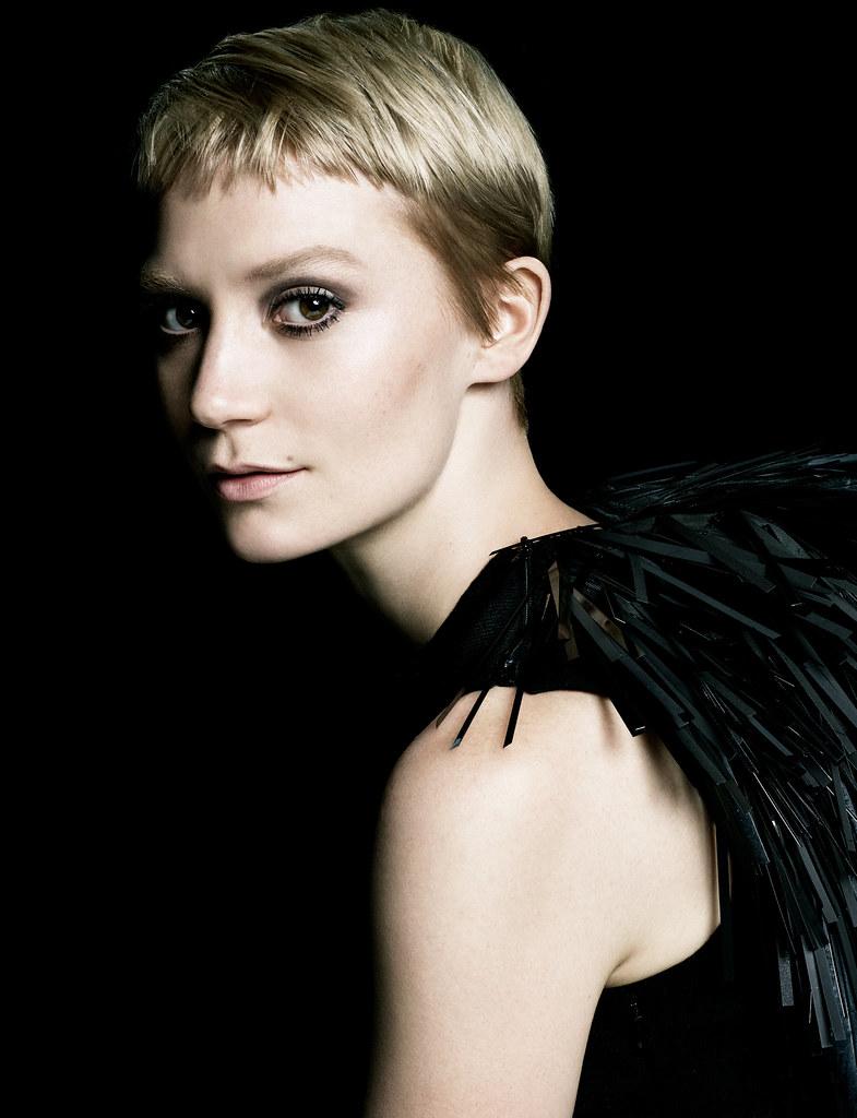 Миа Васиковска — Фотосессия для «La Femme Prada» 2016 – 2
