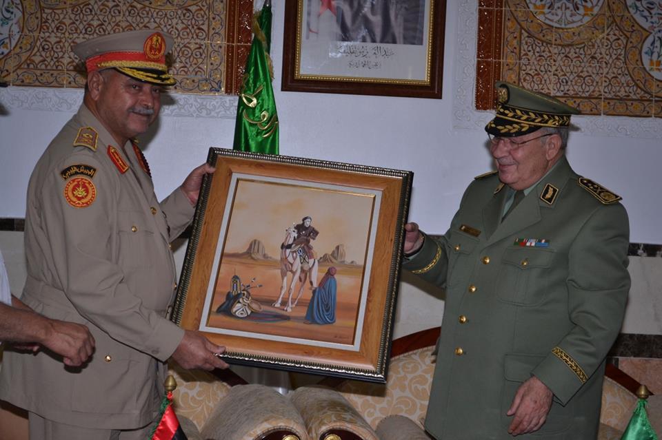 الجزائر : صلاحيات نائب وزير الدفاع الوطني - صفحة 5 30479904720_3021ca83a9_o