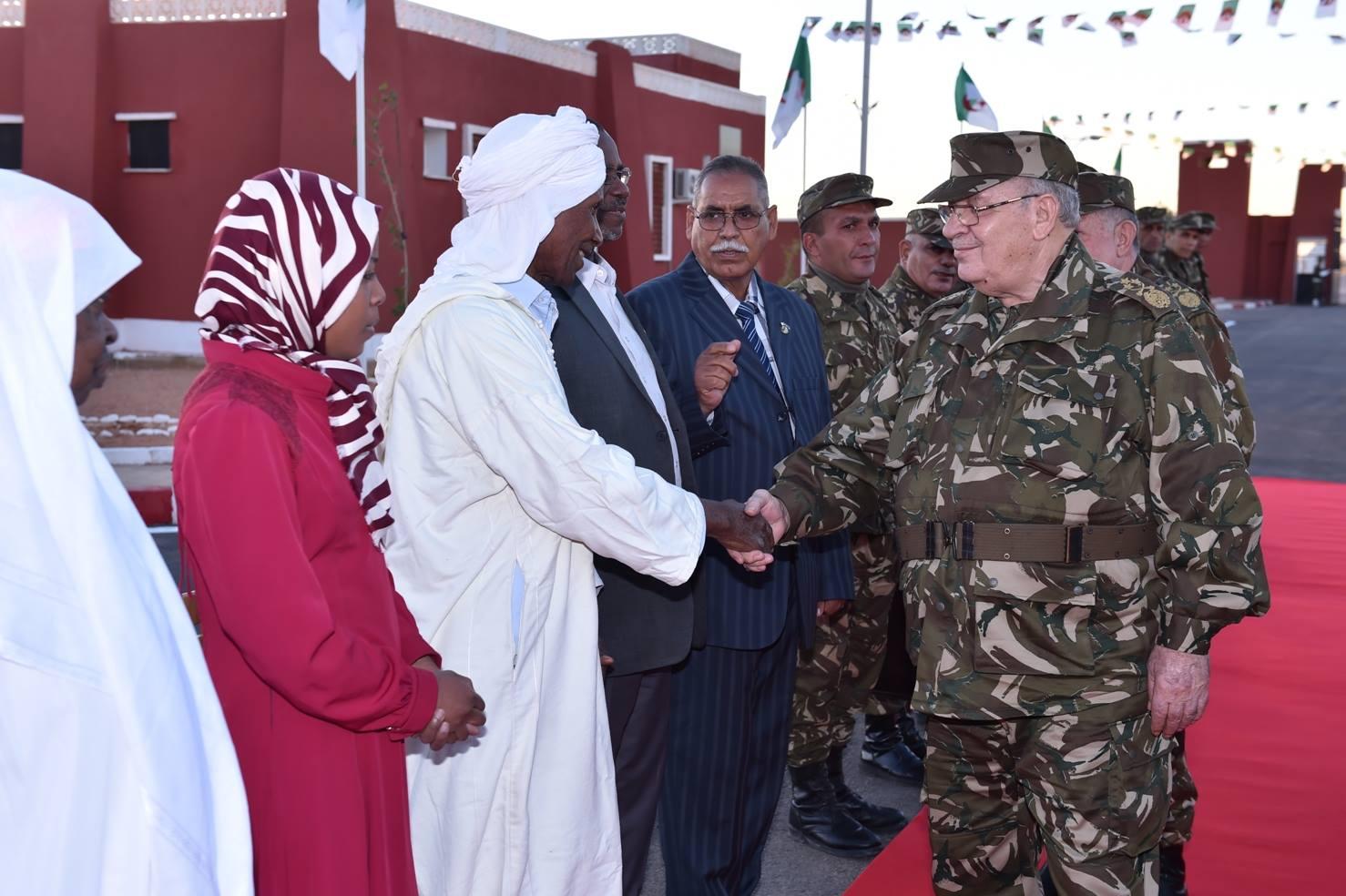 الجزائر : صلاحيات نائب وزير الدفاع الوطني - صفحة 5 30598434500_aef687bc0a_o