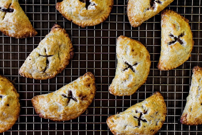 apple cardamom manchego hand pie recipe #applechallenge