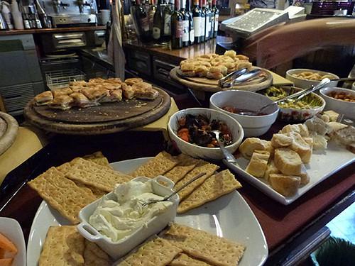 buffet d'antipasti Lucca 1