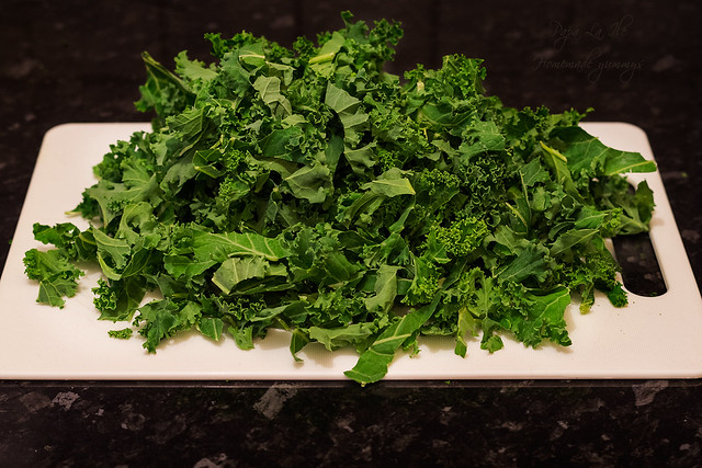 Paste proaspete umplute cu pesto de kale in sos alb cu conopida, alune de padure si bacon crocant (3)