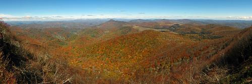 panorama landscape northcarolina westernnorthcarolina summittrail southernappalachians elkknobstatepark canonpowershotsx40hs