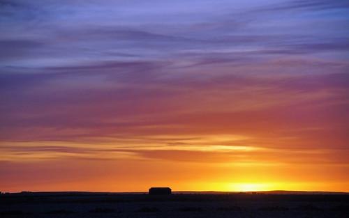 sunset sky color farmhouse landscape iceland vastness ringroad