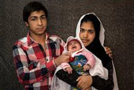 Iran-Kids-marriage3