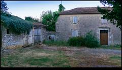 160814-0455-XM1.jpg - Photo of Charroux