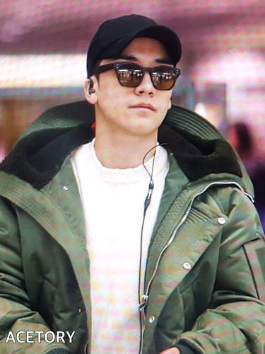 BIGBANG departure Seoul to Nagoya 2016-12-02 (33)