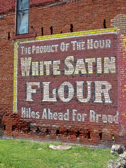 White Satin Flour, Cambridge, Canon POWERSHOT ELPH 300HS
