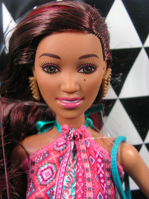 2014 Barbie Fashionistas CLN63 (1)
