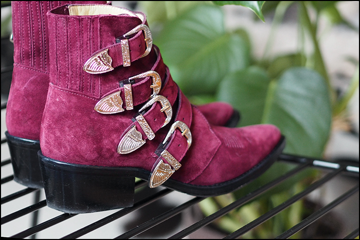 toga pulla buckle boot burgundy