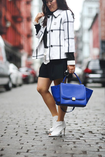 simplyxclassic, nyfw, nyfw2015, nordstrom, checkered coat, celine trapeze bag, black white and blue, new york city, fashion week, blogger, fashion blogger, style, mommy blogger, lifestyle, boohoo