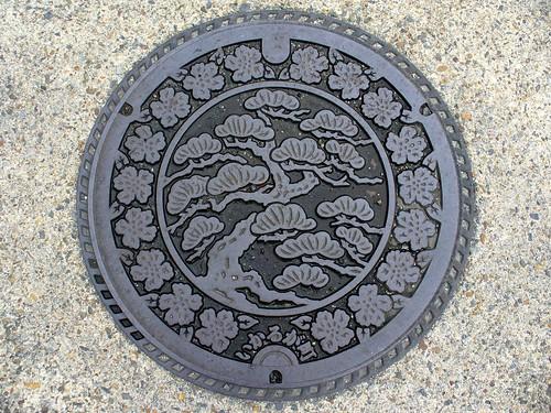 Ikaruga Nara, manhole cover 2 (奈良県斑鳩町のマンホール2)