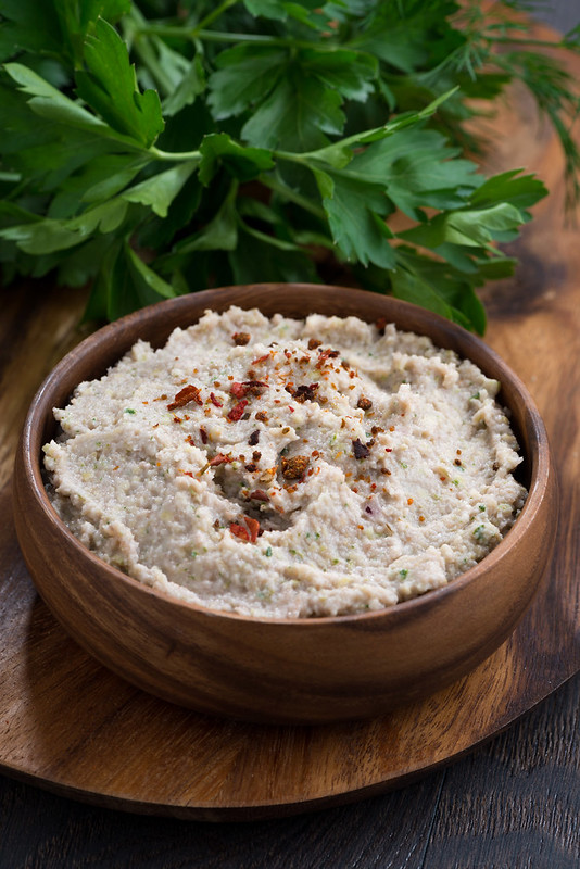 sprouts chickpea and lentil pate