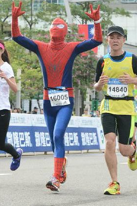 Spiderman in Taipei Marathon (8)
